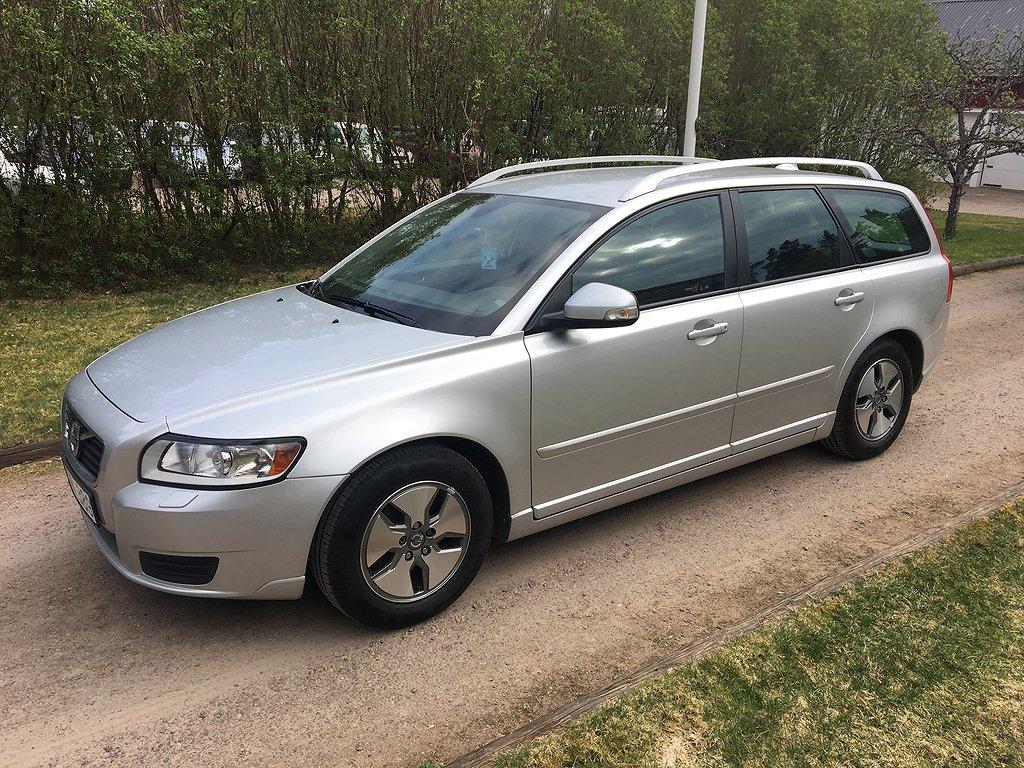 Volvo V50 D2 Kinetic 115hk 12900 mil