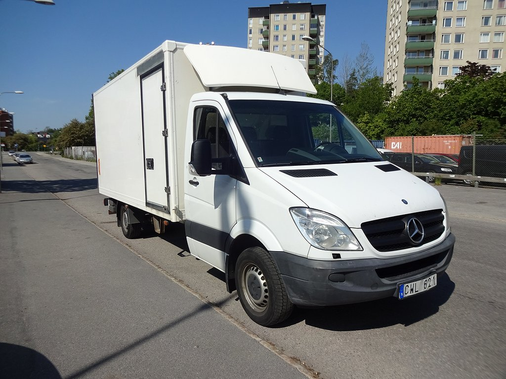 Mercedes-Benz Sprinter 316 CDI AUTO Skåp-Lift Ny Besiktad