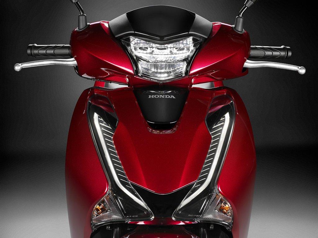 Honda SH150 -18