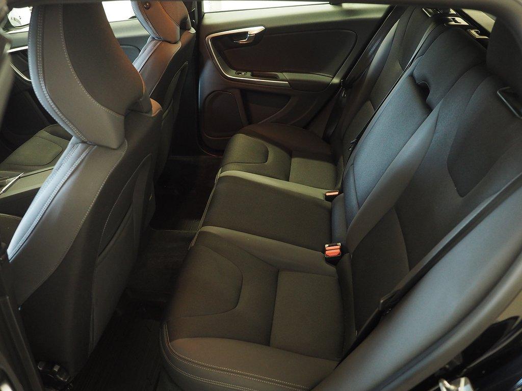 Volvo V60 D4 AWD Automat Momentum 163hk 2014