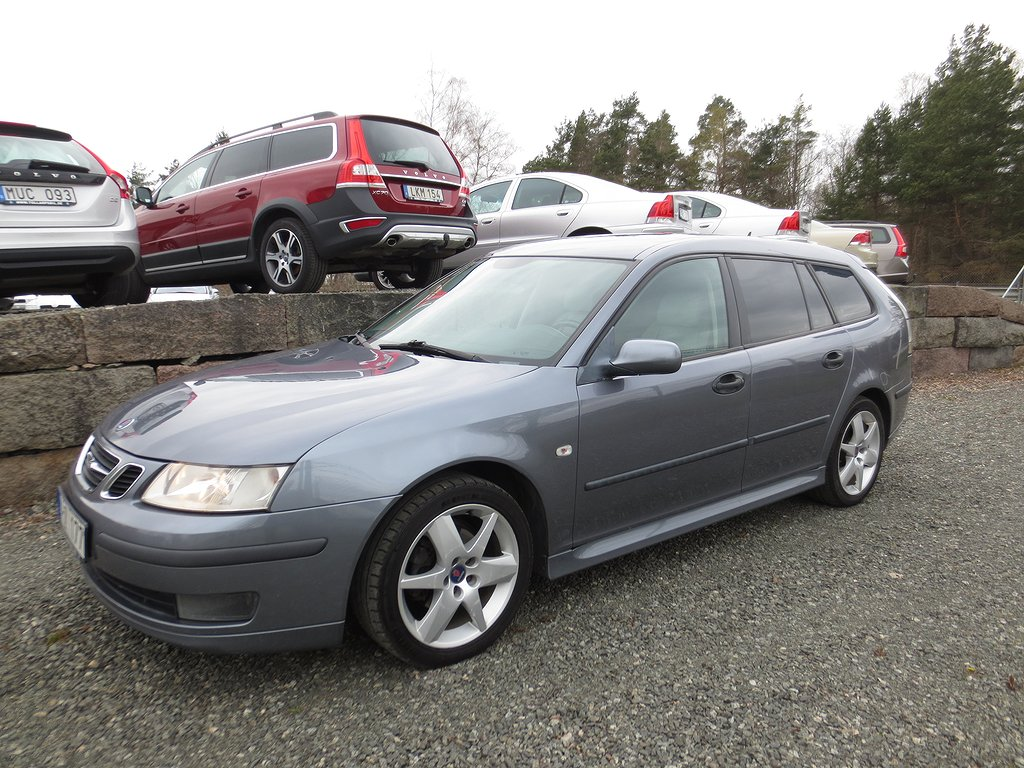 Saab 9-3 1,9 Tid Vector  (Outlet )