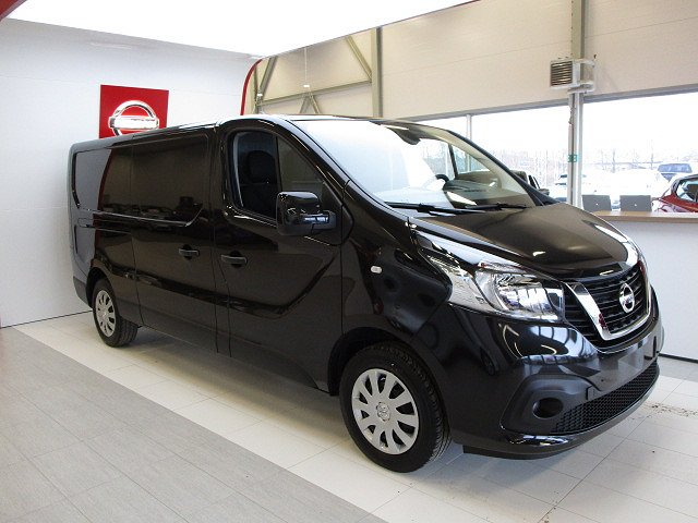 Nissan NV300 125HK L2H1 Working Star