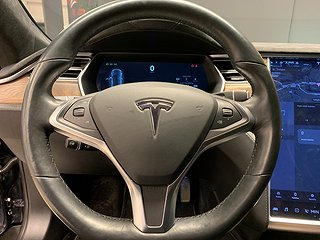 Tesla Model S 75D (525hk)