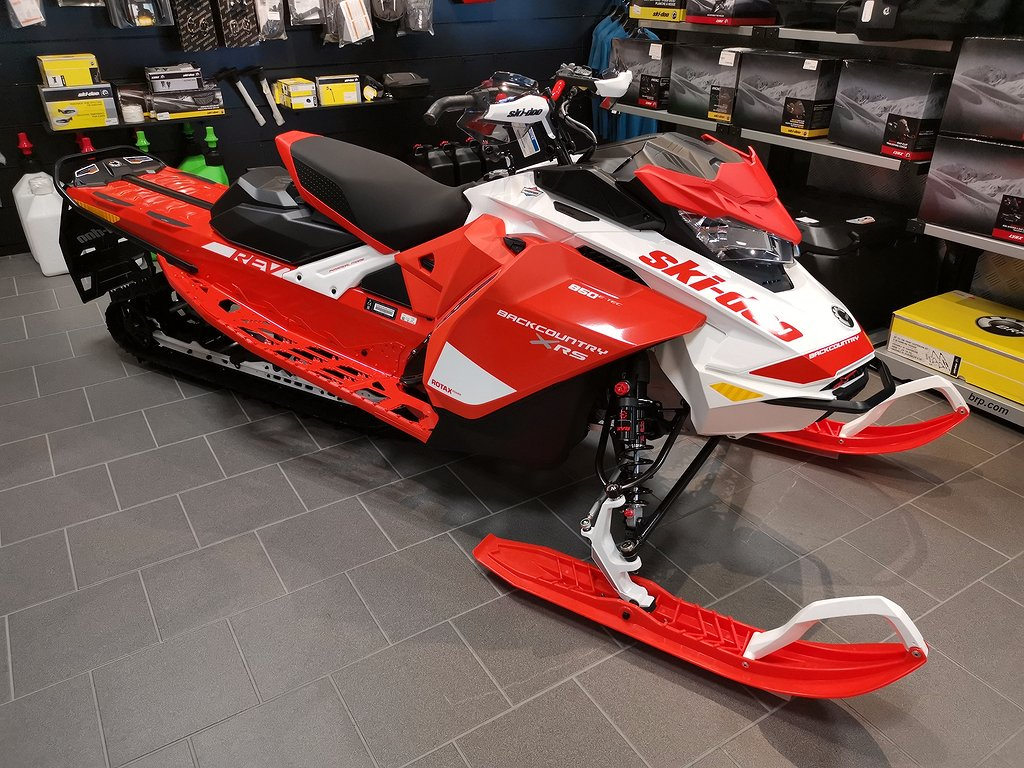"Ski-doo BACKCOUNTRY X-RS 850 146"" kampanj"