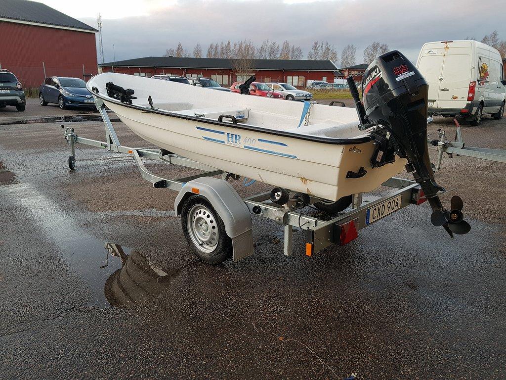 Brenderup vagn Komplett båt  suzuki 9,9 hk 4 takt
