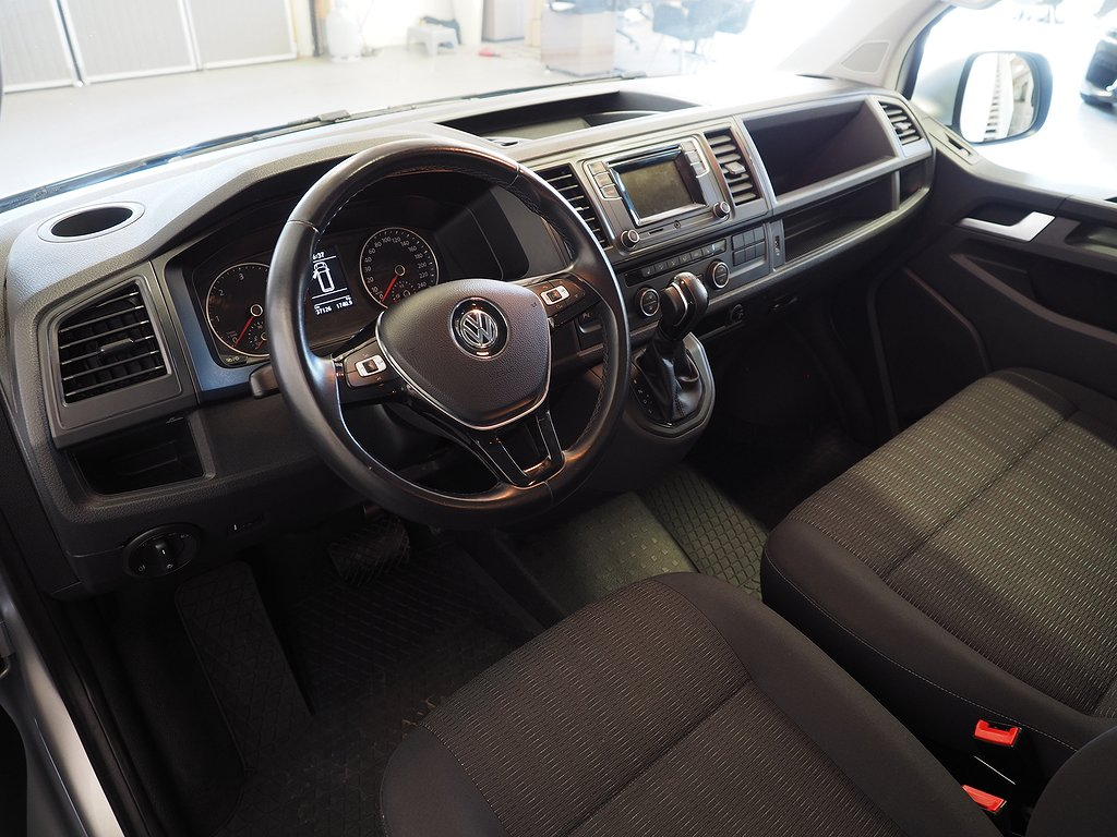Volkswagen Caravelle 2.0 TDI AUT 9 Sits DRAG Comfortline 150hk 2017