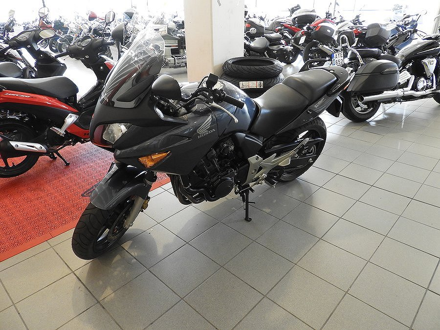 Honda CB600 sa