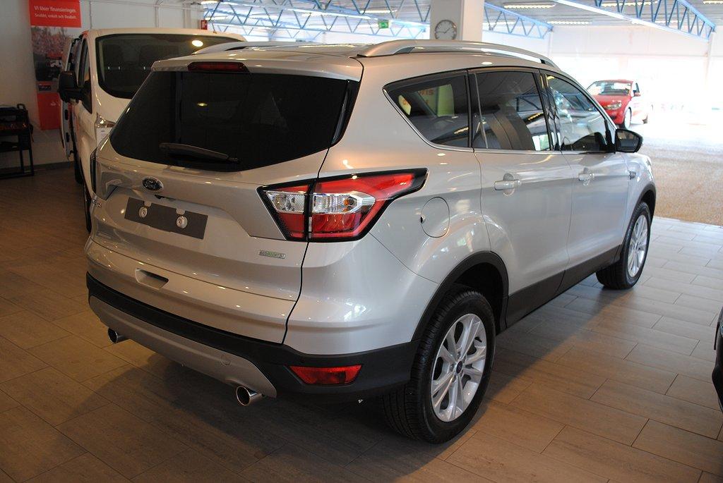 Ford Kuga 1.5T EcoBoost 150hk Titanium *Förarassistanspkt*