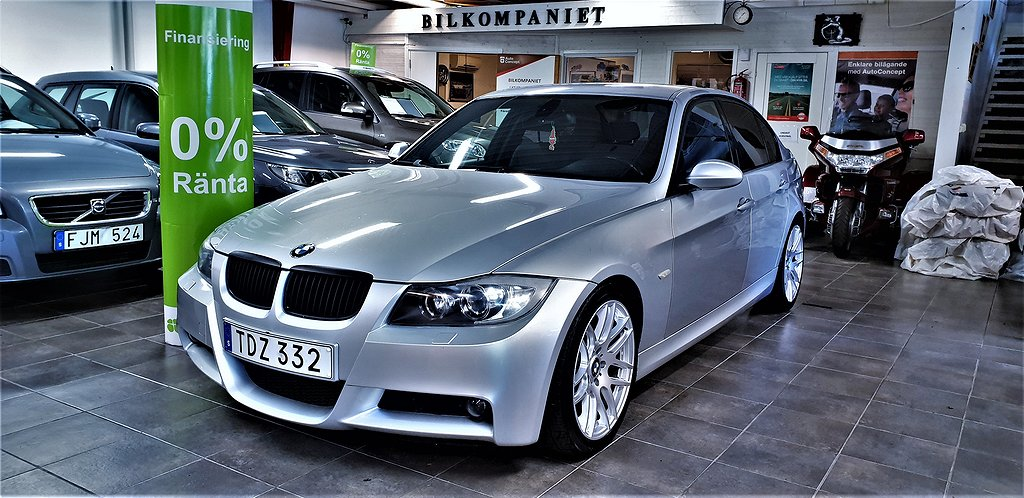 BMW 325 i Sedan Automat M Sport, Comfort 218hk,Servad,Bes