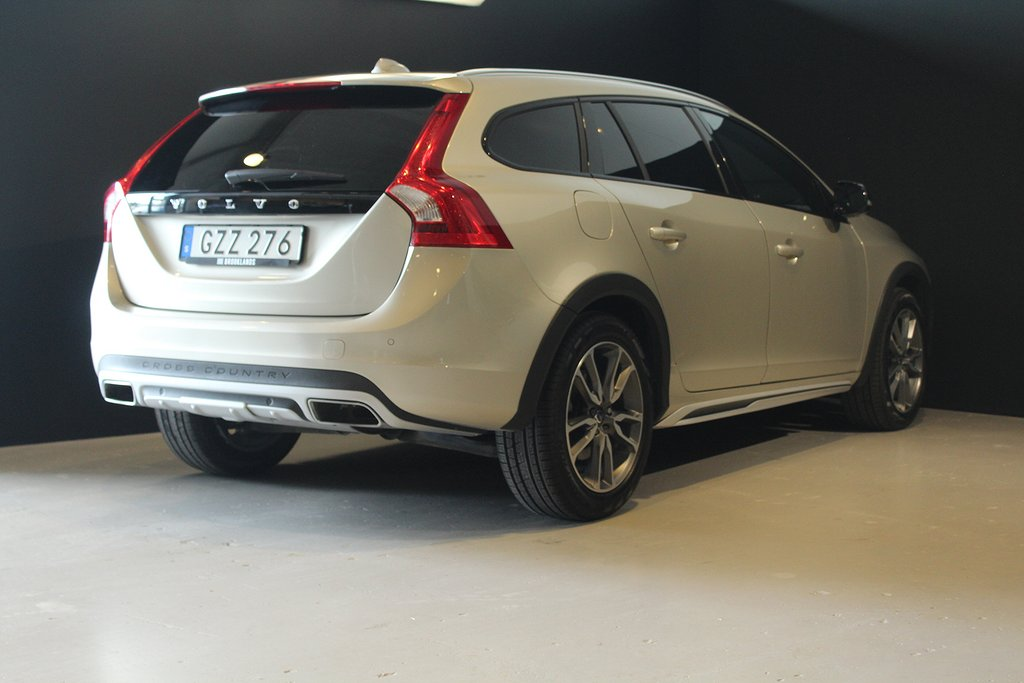 Volvo V60 Cross Country D4 Geartronic Summum 190hk