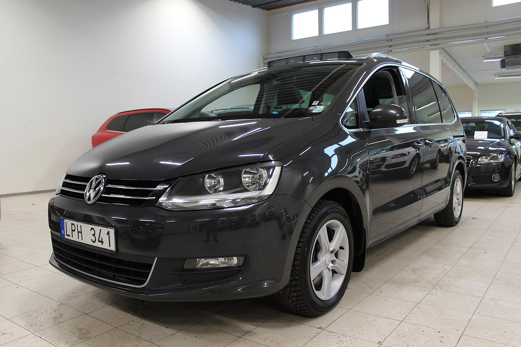 Volkswagen Sharan 2.0 TDI 140hk Aut D-Värm 6-Sits Drag Nybes