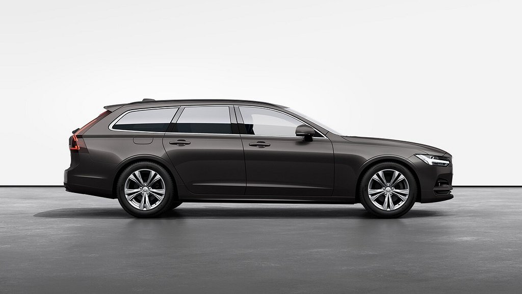 Volvo V90 D4 Momentum Advanced Edition