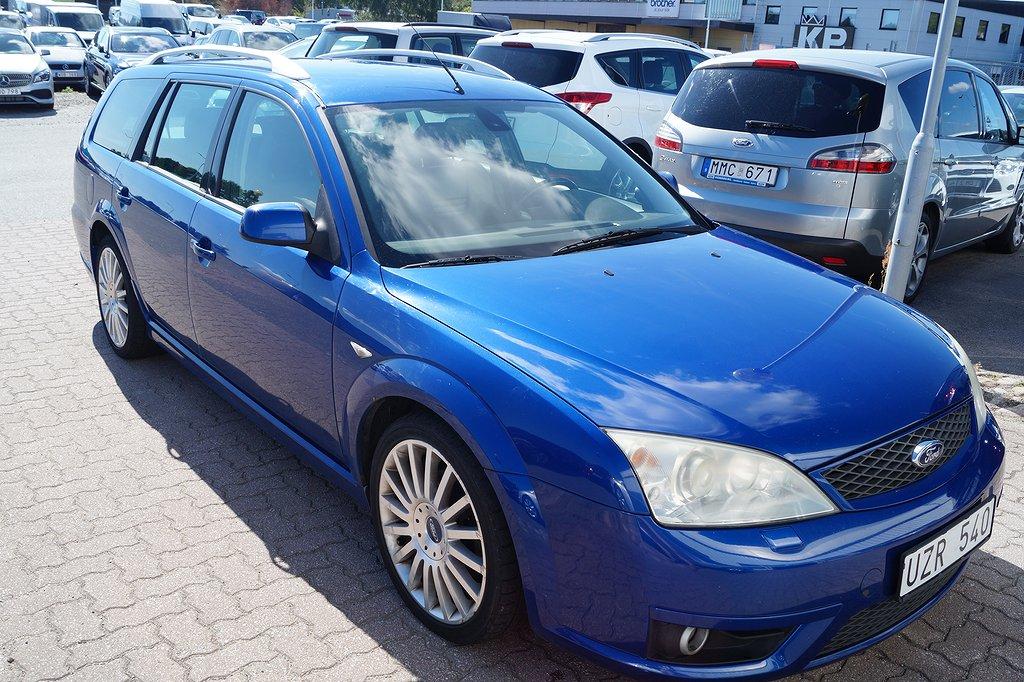 Ford Mondeo ST 220 V6 Kombi