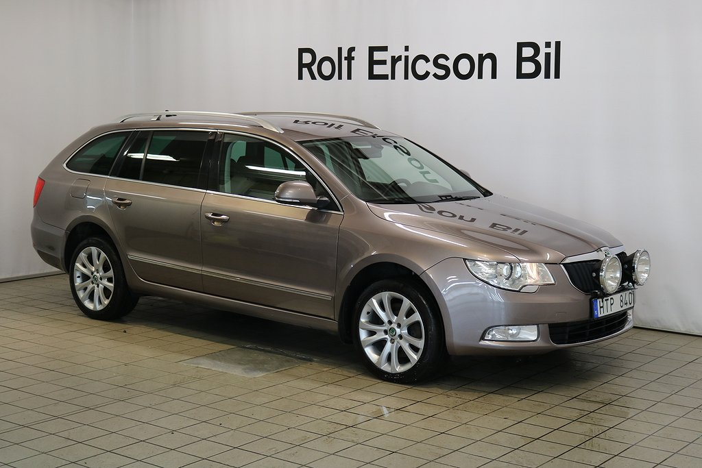 Skoda Superb 2.0 TDi 4x4 Drivers Edit.