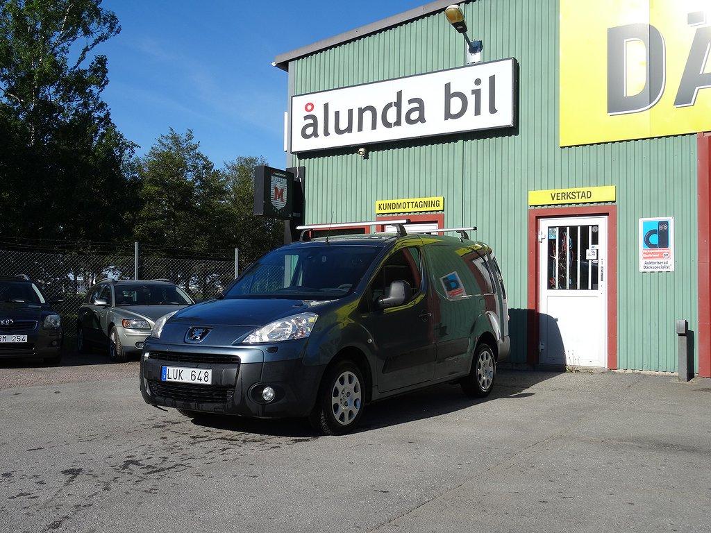 Peugeot Partner 1,6Hdi Långa modellen Tresits