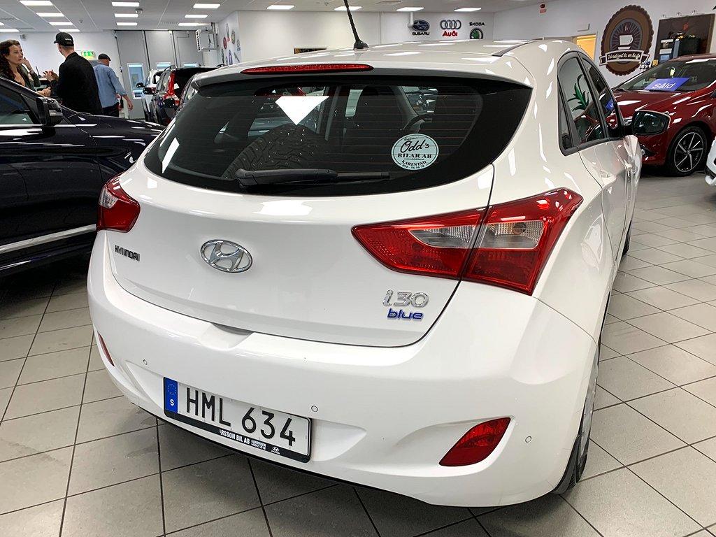 Hyundai i30 5-dörrar 1.6 CRDi 2 brukare 110hk