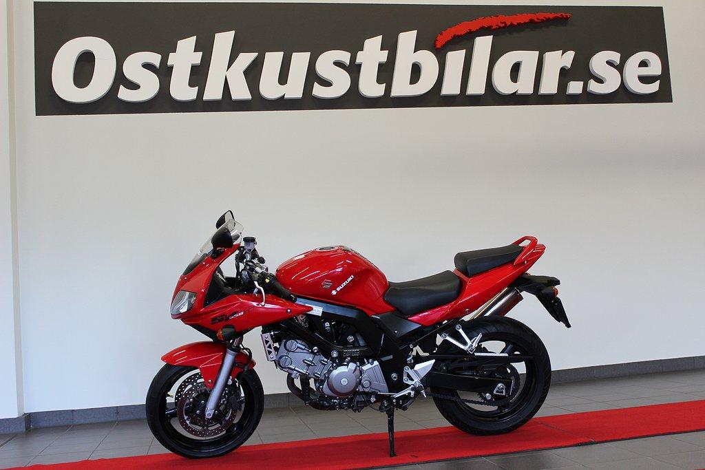 Suzuki SV650S,