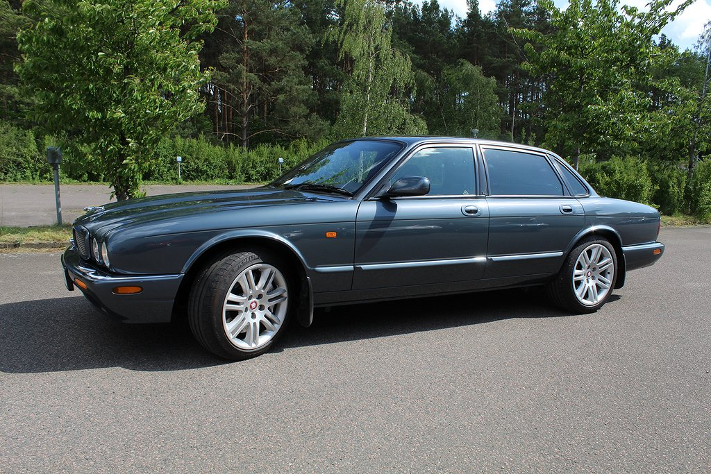 Jaguar XJR V8 363hk, otroligt påkostad, fin!