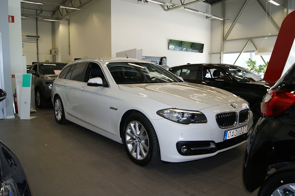 BMW 520 d xDrive Touring Sportline Comfort  184hk