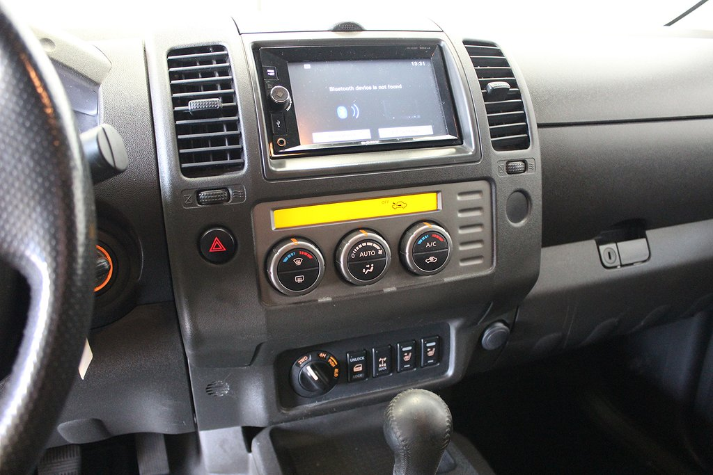 Nissan Navara, Double Cab 4x4