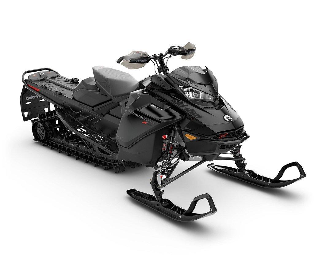 "Ski-doo Backcountry XRS 154"" 850 Boka nu!"