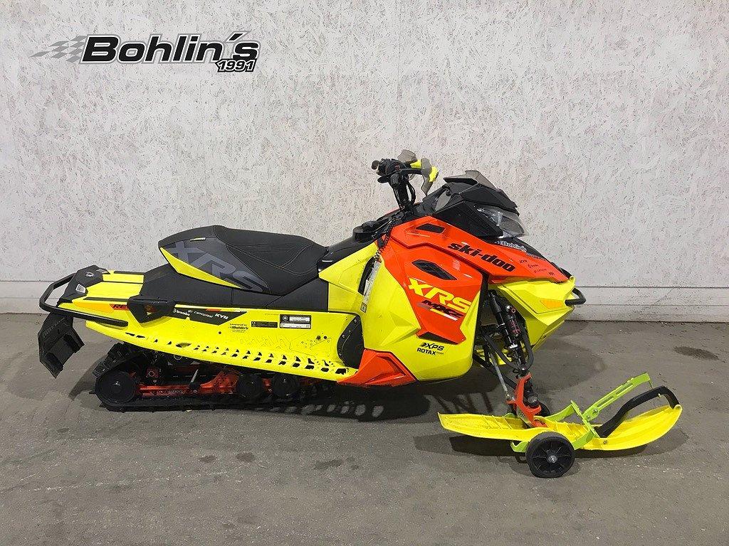 Ski-doo MXZ XRS 800R E-Tec -15