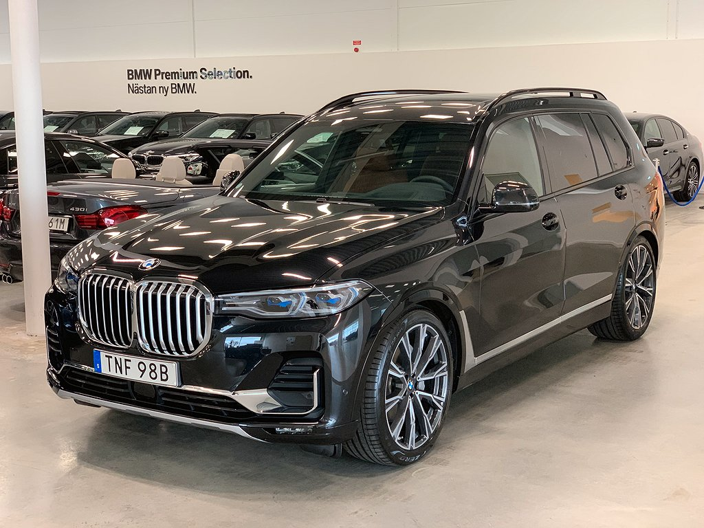 BMW X7 30d / xDrive / 7-sits / Design Pure / B&W / xOff / Sky Lounge