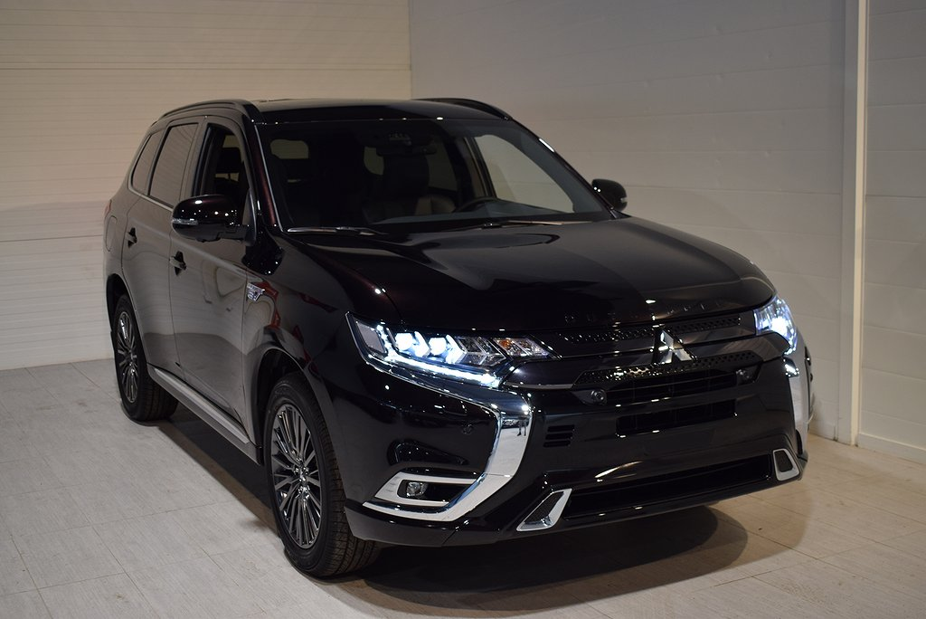 Mitsubishi Outlander PHEV S-Edition 4WD NY Vinterhjul ingår 2020