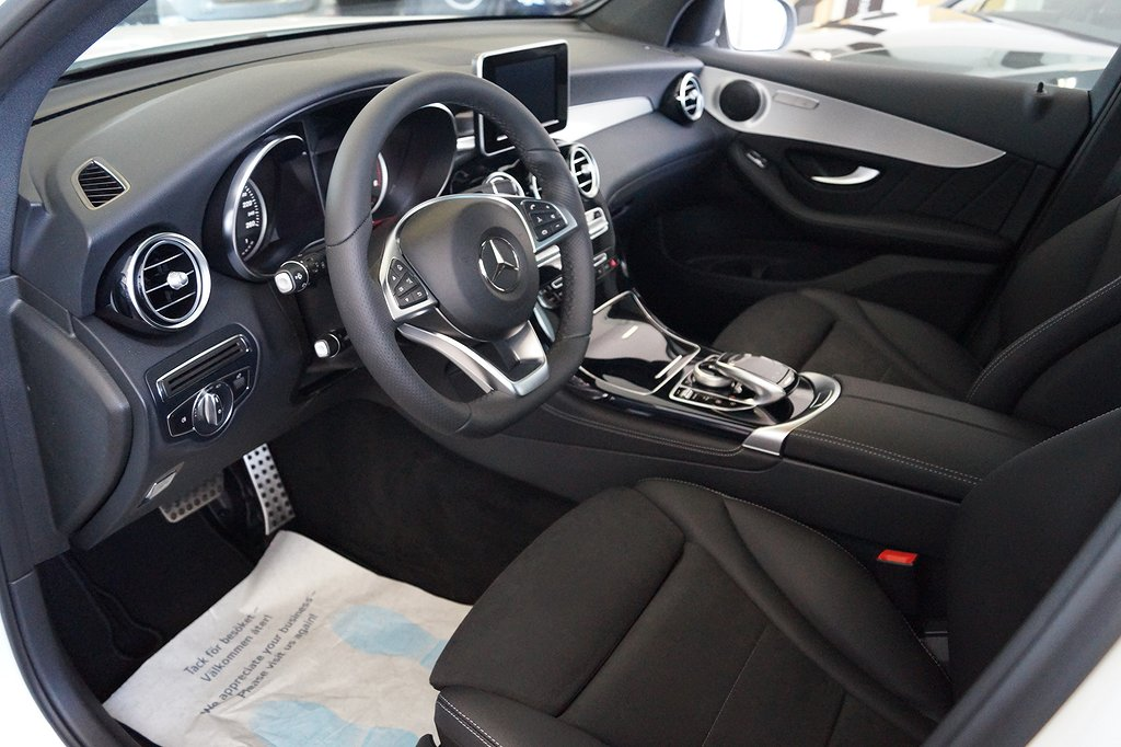 Mercedes-Benz GLC 220 d 4MATIC / AMG / Apple carplay