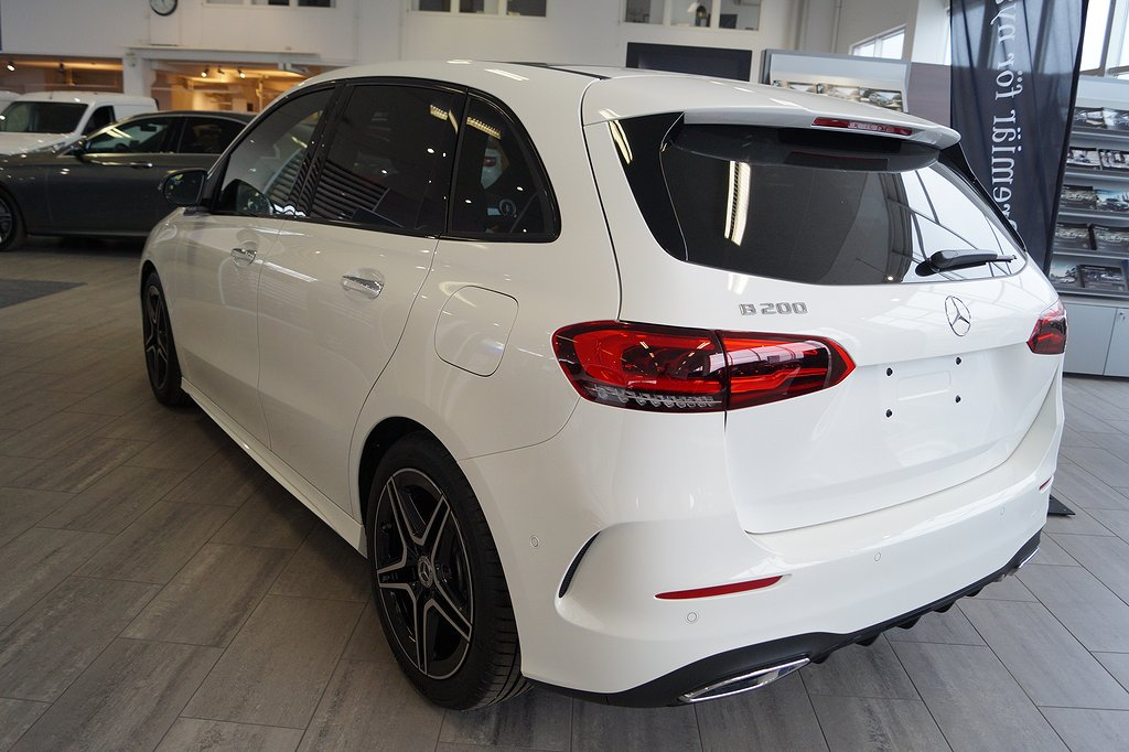 Mercedes-Benz B 200 / AMG / Panorama / Nya B klass