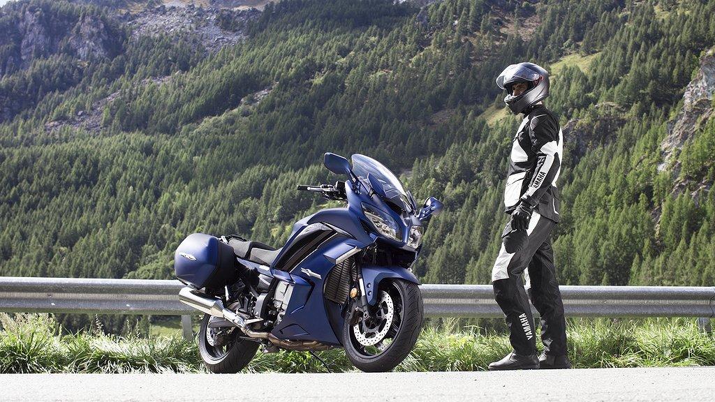 Yamaha FJR1300AS -19