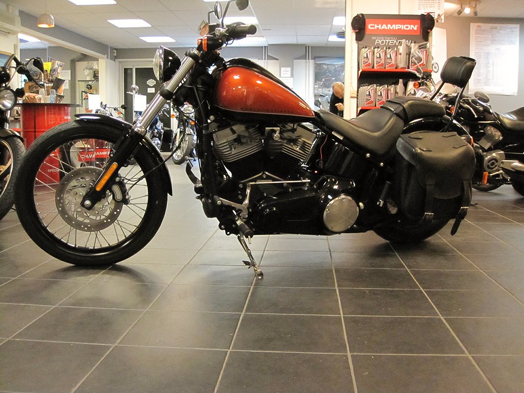Harley-Davidson Fxs Dyna Glide Black edition