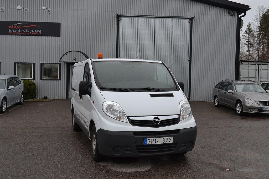 Opel Vivaro Van 2.5 CDTI 146hk