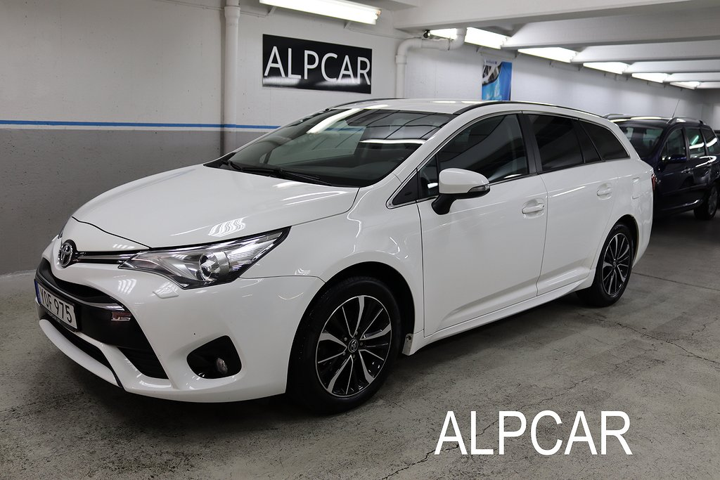 Toyota Avensis AUTOMAT GPS NYBESIKTAD