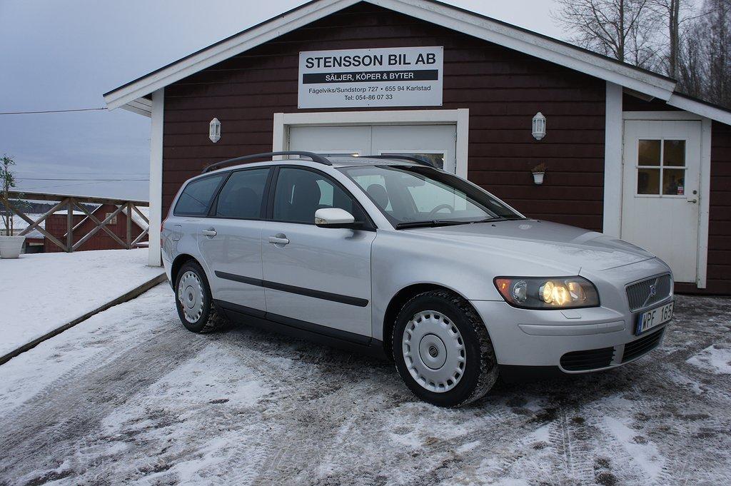 Volvo V50 2.4 140 Hk, 16´´LM, Fin.