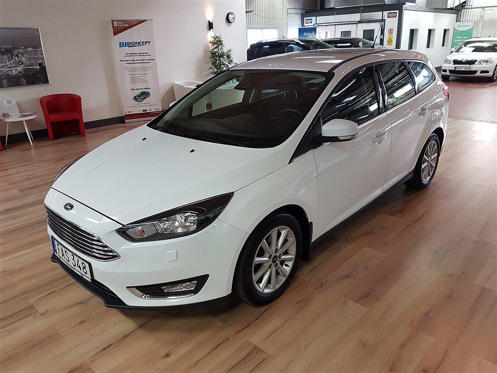 Ford Focus Kombi EcoBoost Titanium