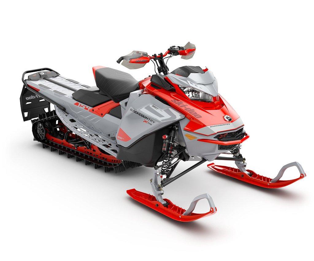 "Ski-doo Backcountry XRS 154"" 850 E-tec -21"