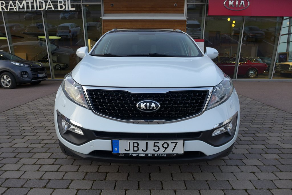 Kia Sportage 1.7 CRDi Special Edition-Panorama-Läder-Xenon-Navi-Vinterhjul !!