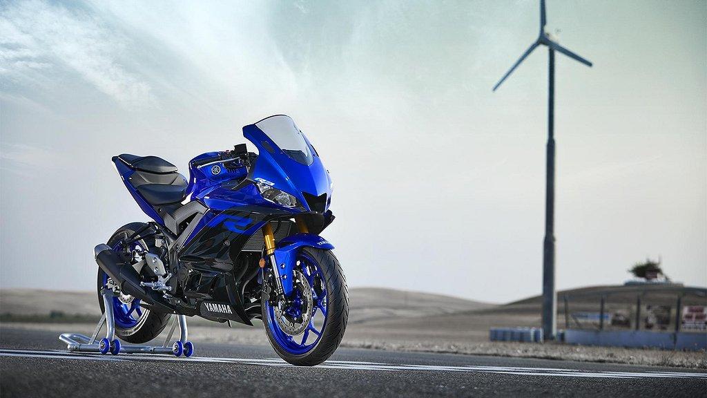 Yamaha YZF-R3 NYHET A2