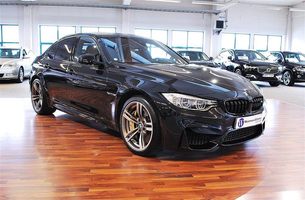 BMW M3 431 hk DCT *Keramiska bromsar*Kolfibertak*Individual*