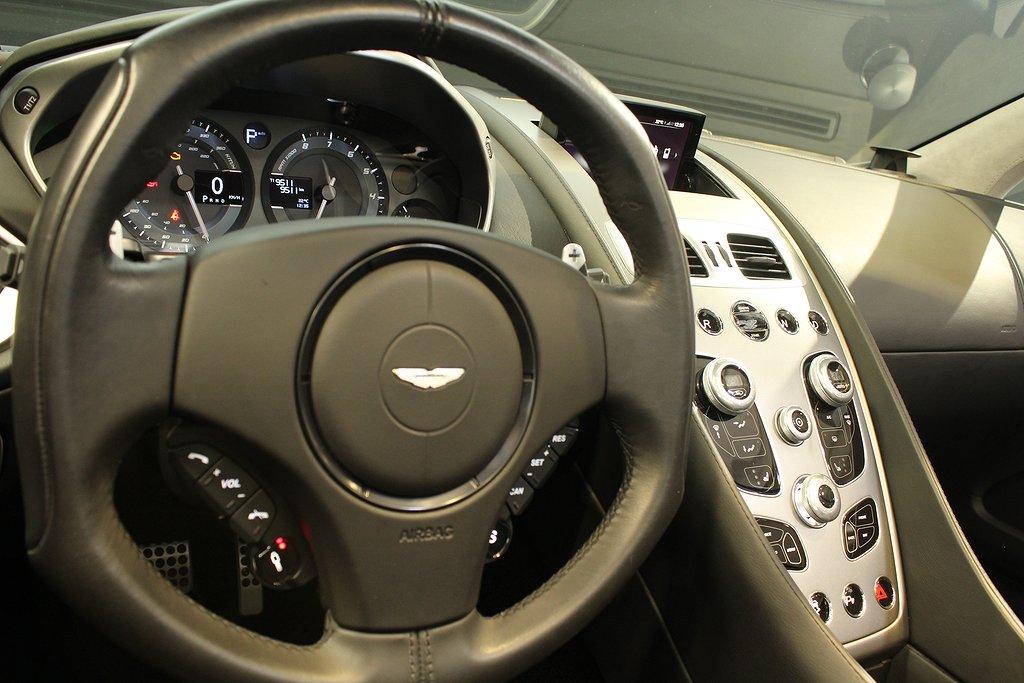 Aston Martin Vanquish Volante V12 576hk