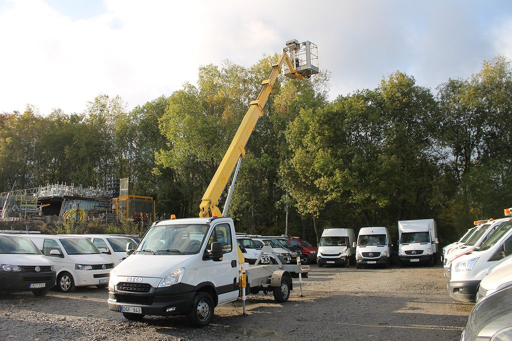Iveco Daily 2.3 JTD Skylift 19.5 meter*