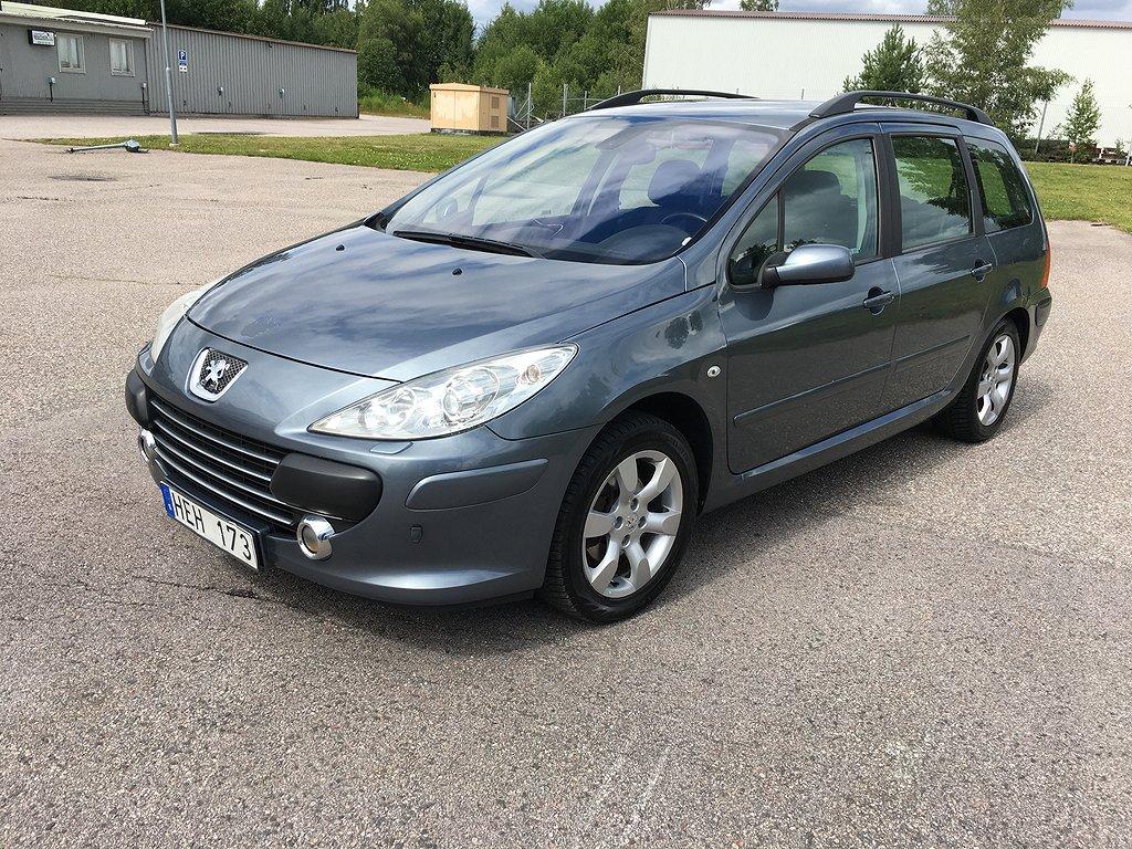 Peugeot 307 2.0 140hk ny bes. 0% ränta just nu