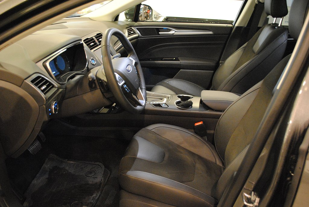 Ford Mondeo 2.0 TDCi 180 iAWD Business Titanium Aut